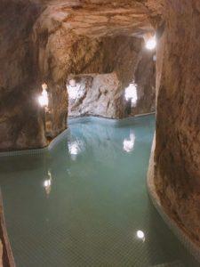 岩本楼の洞窟風呂